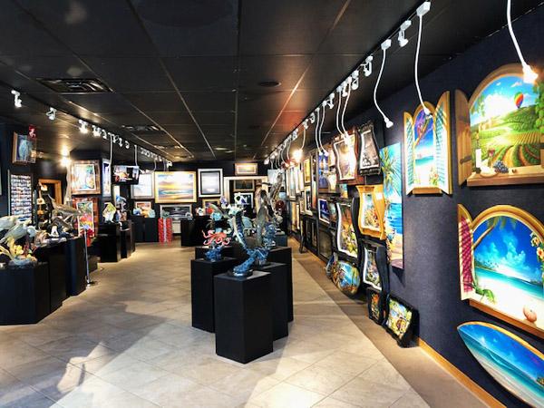Wyland Gallery Sarasota - Art Gallery on Lido Key